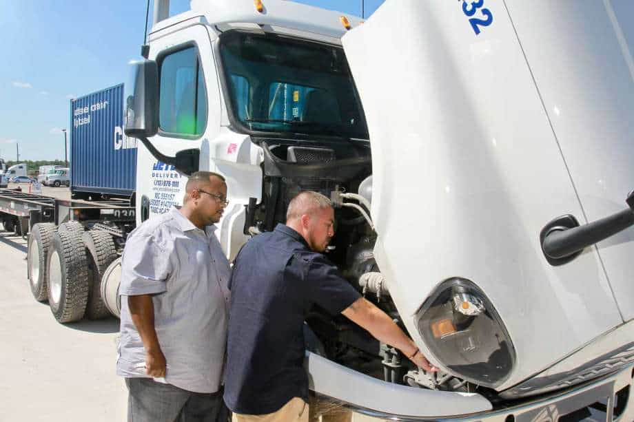 Understanding your options for OTR Semi Truck Insurance Coverage
